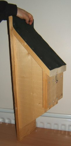 bat box with baffles - side view